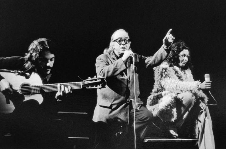 Com Toquinho e Maria Creuza, Paris, 1972